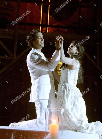 'Romeo and Juliet'  - Laura Donnelly (Juliet) Nicholas Shaw (Romeo )