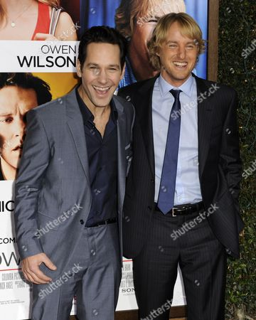 Us Actors and Cast Members Paul Rudd (l) and Owen Wilson (r) Arrive For the World Premiere of 'How Do You Know' in Los Angeles California Usa 13 December 2010 'How Do You Know' is the Story of Two People Who's Lives Seem to Be Falling Apart Only to Discover Something Wonderful United States Los Angeles