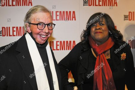 Us Film Critic Roger Ebert and His Wife Chaz Hammelsmith Arrive For the Premiere of the Comedy Film 'The Dilemma' in Chicago Illinois Usa 06 January 2011 'The Dilemma' Opens in Theaters 14 January 2011 and is Directed by Ron Howard United States Chicago