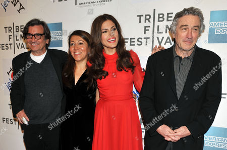 (l-r) Us Actor and Director Griffin Dunne American-iranian Director Massy Tadjedin Actress Eva Mendes of the Us and Tribeca Film Festival Co-founder Robert De Niro Arrive For the Premiere of the Movie 'Last Night' During the 2011 Tribeca Film Festival in New York Usa 26 April 2011 the Tribeca Film Festival Runs Through 01 May 2011 United States New York