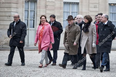 (L to R) Jean-Yves Le Drian, Segolene Royal, Bernard Cazeneuve, Marisol Touraine, Bruno Le Roux, Laurence Rossignol