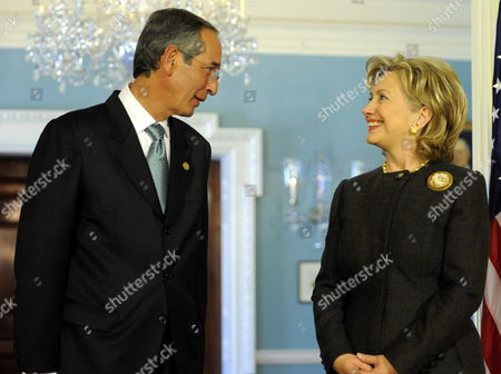 Us Secretary of State Hillary Clinton (r) Welcomes Guatemala's President Alvaro Colom Caballeros Prior to Their Bilateral Meeting at the State Department in Washington D C Usa 18 February 2010 the Talks Were Expected to Center on Western Hemisphere Issues of Trade the Economic Crisis and Security United States Washington