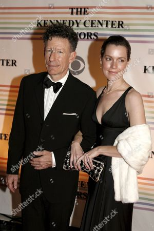 Us Singer Lyle Lovett and April Kimble Arrive For the Kennedy Center Honors Gala and Performance at the Kennedy Center in Washington Dc Usa On 02 December 2007 Leon Fleisher (music) Steve Martin (comedy) Diana Ross (music) Martin Scorsese (film) and Brian Wilson (music) Are Being Honoured For Their Lifetime Contributions to American Culture the Gala Performance Will Be Attended by Political Dignitaries and Artists From Around the World