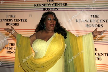 Us Singer Aretha Franklin Arrives For the Kennedy Center Honors Gala and Performance at the Kennedy Center in Washington Dc Usa On 02 December 2007 Leon Fleisher (music) Steve Martin (comedy) Diana Ross (music) Martin Scorsese (film) and Brian Wilson (music) Are Being Honoured For Their Lifetime Contributions to American Culture the Gala Performance Will Be Attended by Political Dignitaries and Artists From Around the World
