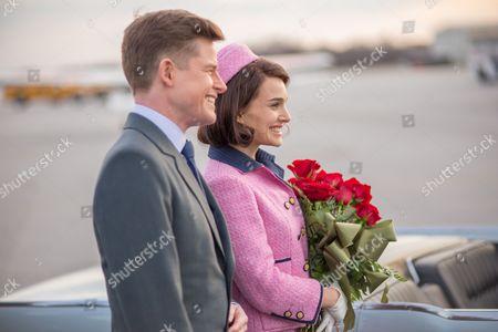 "Caspar Phillipson as ""John Fitzgerald Kennedy"" and Natalie Portman as [Jackie Kennedy]"