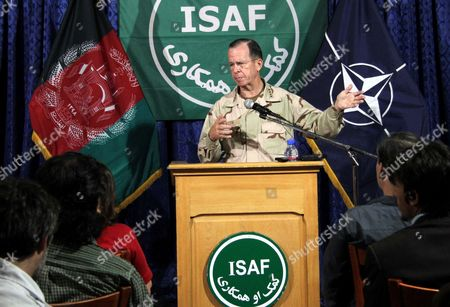 Us Admiral Mike Mullen Chairman of the Joint Chiefs of Staff Talks with Journalists During a Press Conference in Kabul Afghanistan on 31 July 2011 According to Media Reports at Least 1 462 Civilians Died in Afghanistan in the First Six Months of This Year an Increase of 15 Per Cent Compared to Same Period Last Year Afghanistan Kabul