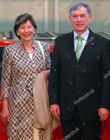 German President Horst Kohler (r) is Seen with His Wife Eva Luise During Their Visit the Volkswagen Factory in Pune India on 04 February 2010 After His Six-day State Visit in India Koehler Will Visit South Korea India Pune