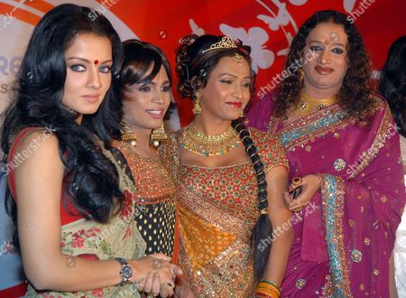 Bollywood Actress Celina Jaitley (l) and Laxmi Narayan Tripathi (r) Founder Member of the Asia Pacific Transgender Network and Founder Member of the First Hijra/transgender Organisation in India and Whole South East Asia Pose with Trangender People During the Announcement of 'Indian Super Queen' the First Ever Beauty Pageant For the Transgender Community in India in Mumbai India 11 January 2010 the Contest Will Begin with Auditions in Ten Cities - Delhi Mumbai Bangalore Chennai Hydrabad Bhopal Bhubaneshwar Ahmedabad Jaipur and Kolkata and the Winner Will Be Crowned As the Indian Super Queen During the Grand Finale on 21 February 2010 India Mumbai