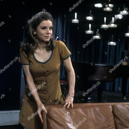 'Love Story' A Man Alone Aka the Bodyguard - TV - 1968 - Philippa Gail as Charlotte.