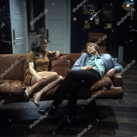 Stock Photo of 'Love Story' A Man Alone Aka the Bodyguard - TV - 1968 - Dennis Waterman as James and Philippa Gail as Charlotte.