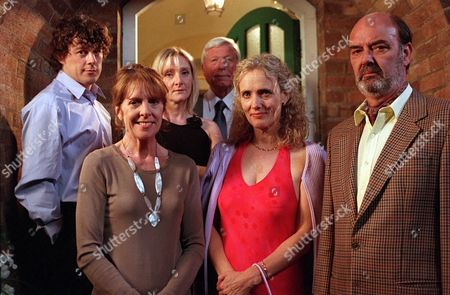 'Bob & Rose' TV - 2001 -  Back row (L-R) Bob (Alan Davies), Rose (Lesley Sharp), William (John Woodvine).  Front (L-R) Monica (Penelope Wilton), Carol (Barbara Marten) and Trevor (Dave Hill).