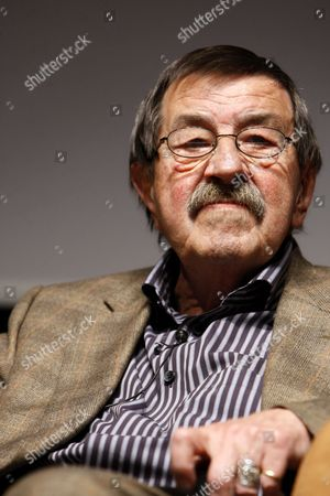 German Writer Gunter Grass Gestures During a Meeting of the Goethe-institut in Istanbul Turkey on 15 April 2010 He Met with Turkish Writer Yasar Kemal to Give a Press Conference About Turkish-german Cultural Exchange Programs Turkey Istanbul