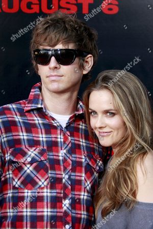 Us Actress Alicia Silverstone (r) Arrives with Musician Christopher Jarecki at the Premiere of the Film 'Pineapple Express' at the Mann Village Theatre' in Los Angeles California Usa 31 July 2008 the Film Tells the Story of a Stoner and His Dealer Who Are Forced to Go On the Run From the Police After the Pothead Witnesses a Cop Commit a Murder