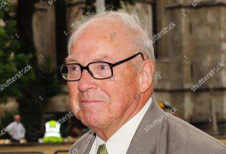 Dr Hans Blix Arriving at the Queen Elizabeth Hall For the Iraq Inquiry London Britain 27 July 2010 the Former Un Chief Weapons Inspector Will Be Quizzed For Three Hours This Afternoon on His Role at the Head of an Inspections Team Tasked with Searching For Saddam Hussein's Alleged Weapons of Mass Destruction United Kingdom London