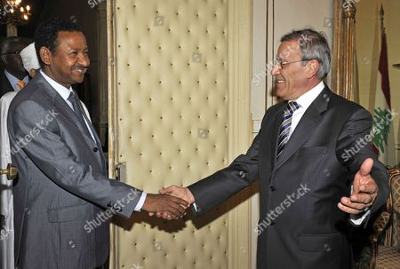 Lebanese Foreign Minister Ali Shami (r) Welcomes Sudanese Presidential Advisor Mustafa Osman Ismail (l) in Beirut Lebanon 05 May 2010 Ismail Arrived in Beirut on 04 May For a Two-day Visit to Meet with Lebanese Officials Lebanon Beirut