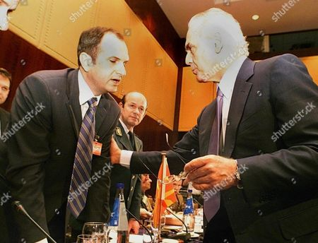 Thessaloniki Greece : Greek Minister of Defence Akis Tsochatzopoulos (r) Talks with His Macedonian Counterpart Vlado Buckovski During the South-eastern Europe Defence Ministerial Meeting in Thessaloniki Wednesday 06 June 2001