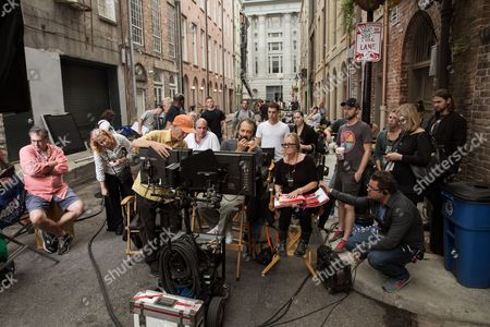 Left to right (center): Director of Photography Oliver Wood, Producer Don Granger, Director Ed Zwick and Script Supervisor Anna Rane on the set