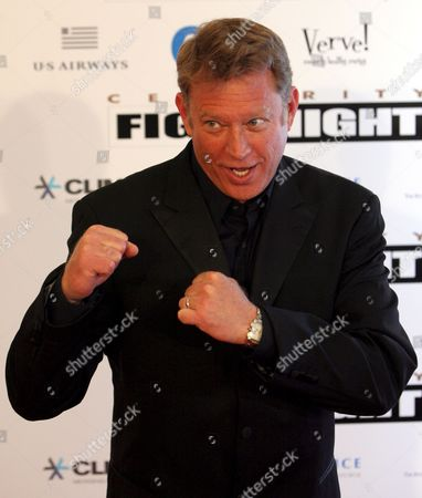 Chris Rich Strikes a Pose As He Walks the Red Carpet at the Muhammad Ali Celebrity Fight Night Xv in Phoenix Arizona Usa 28 March 2009