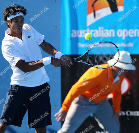 Somdev Devvarman of India Returns to Bjoern Phau of Germany in Their 1st Round Match at the Australian Open Grand Slam Tennis Tournament in Melbourne Australia 14 January 2013 Australia Melbourne