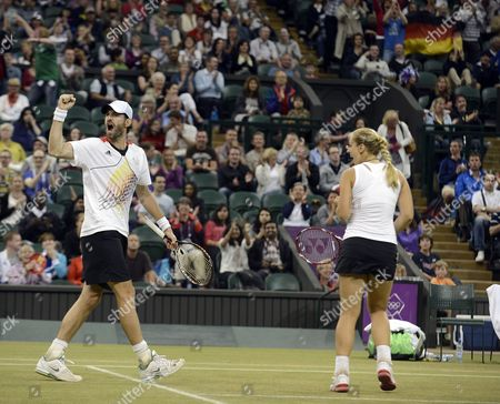 Sabine Lisicki (r) and Christopher Kas of Germany in Action Against Mike Bryna and Lisa Raymond of Usa in the Mixed Doubles Final During the London 2012 Olympic Games Tennis Competition in Wimbledon Greater London Britain 05 Augusr 2012 United Kingdom Wimbledon