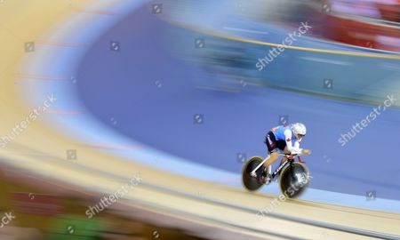 Tara Whitten of Canada Competes in the Women's Omnium 3km Individual Pursuit Race During the London 2012 Olympic Games Track Cycling Competition London Britain 07 August 2012 United Kingdom London