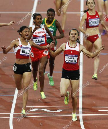 Asli Cakir Alptekin (r) of Turkey Wins the Women's 1500m Final Ahead of Teammate Gamze Bulut (l) at the Olympic Stadium London Britain 10 August 2012 United Kingdom London