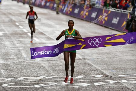 Tiki Gelana From Ethiopia Wins the London 2012 Olympic Games Women's Marathon Competition London Britain 05 August 2012 United Kingdom London