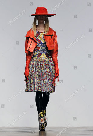 A Model Presents a Creation by Designers Koji Maruyama and Marjan Pejoski For Their Label Ktz During the London Fashion Week Fall/winter 2013 at Somerset House in London Britain 15 February 2013 the Fashion Week Runs From 15 to 19 February United Kingdom London