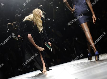 A Model Looses Her Shoe During the Show of German Designers and Twin Sisters Annette Und Daniela Felder For Their Label Felder Felder During the London Fashion Week Fall/winter 2013 at Somerset House in London Britain 15 February 2013 the Fashion Week Runs From 15 to 19 February United Kingdom London