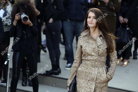 Brazilian Actress Alinne Moraes Arrives to the Burberry Prorsum Fashion Show During the London Fashion Week Fall/winter 2013 in London Britain 18 February 2013 the Fashion Week Runs From 15 to 19 February United Kingdom London