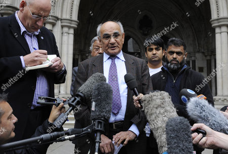 Ashfaq Ahmed Father of British Computer Expert Accused by the Us of Raising Funds For Terrorism Babar Ahmad Speaks to the Press Outside the High Court in London Britain 05 October 2012 Babar Ahmad and Syed Talha Ahsan Along with Radical Islamic Cleric Abu Hamza Al-masri and Two Other Terror Suspects Failed in Their Legal Move to Avoid Extradition From Britain to the Usa to Stand Trial on Terrorism Charges According to Reports the Home Office Wants to Deport the Men Immediately United Kingdom London