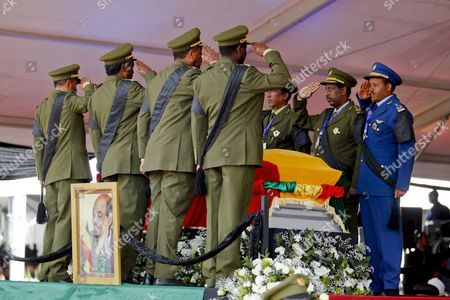 Ethiopian Officials Salute Surrounding the Coffin of the Late Ethiopian Prime Minister Meles Zenawi at His Funearl in Addis Ababa Ethiopia 02 September 2012 Zenawi who was Praised For the Country's Economic Growth But Criticised For Suppresion of Dissidents Died at a Hostpital in Belgium at the Age Pf 57 on 20 August 2012 Tens of Thousands of Ethiopians and Some 15 Heads of State Attended the Funeral to Pay Their Respects Ethiopia Addis Ababa