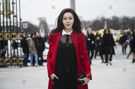 Chinese Actress Kitty Zhang Arrives For the Valentino Fashion Show During the Paris Fashion Week in Paris France 05 March 2013 the Presentation of the Ready to Wear Collections Fall / Winter 2013-2014 Runs From 26 February to 06 March France Paris