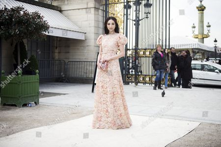 Stock Image of Taiwanese Model Pace Wu Pei Ci Arrives For the Valentino Fashion Show During the Paris Fashion Week in Paris France 05 March 2013 the Presentation of the Ready to Wear Collections Fall / Winter 2013-2014 Runs From 26 February to 06 March France Paris