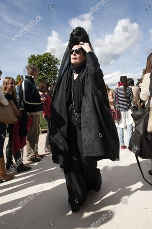 Us Fashion Journalist and Blogger Diane Pernet Arrives at the Fashion Show of Valentino Fashion House at the Paris Fashion Week Ready-to-wear Spring/summer 2013 in Paris France 02 October 2012 the Fashion Week Runs From 25 September to 03 October France Paris