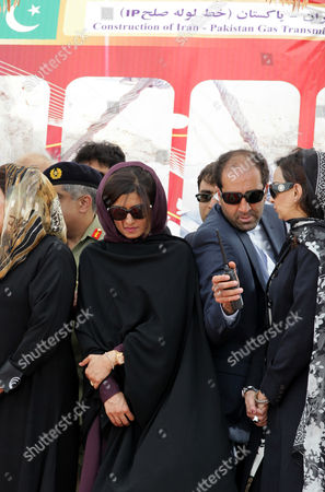 Pakistani Foreign Minister Hina Rabbani Khar (c) Attends the Inauguration Ceremony of a Gas Pipeline in the City of Chabahar South-western Sistan-beluchistan Province Iran 11 March 2013 the 1 600-kilometer Pipeline Would Enable Export of 21 5 Million Cubic Meters of Iranian Natural Gas Per Day to Pakistan at an Estimated Cost of 1 5 Billion Dollars Iran Has Already Constructed More Than 900 Kilometers of the Pipeline on Its Soil and is Also Prepared to Take Care of the Remaining Part Inside Pakistan Epa/abedin Taherkenareh Iran (islamic Republic Of) Chahbahar