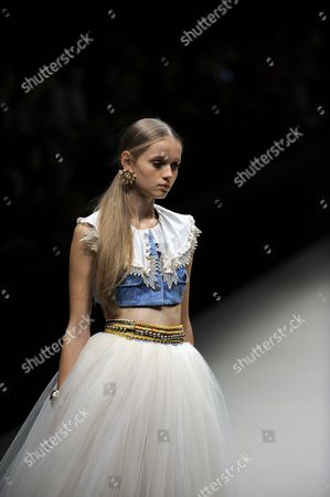 Stock Picture of A Model Presents a Creation by Japanese Designer Chinatsu Wakatsuki For Her Label Wc During the Mercedes-benz Fashion Week in Tokyo Japan 15 October 2012 the Presentation of the Spring / Summer 2013 Collections Runs From 13 to 20 October Japan Tokyo