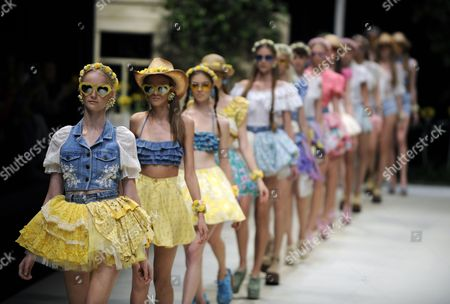 Models Present Creations by Japanese Designer Chinatsu Wakatsuki For Her Label Wc During the Mercedes-benz Fashion Week in Tokyo Japan 15 October 2012 the Presentation of the Spring / Summer 2013 Collections Runs From 13 to 20 October Japan Tokyo
