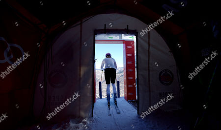 Stock Picture of German Skier Maria Hofl-riesch Stands at the Starting Gate During a Practice Session of the Alpine Skiing World Cup in Aspen Colorado Usa 23 November 2012 the Women's Giant Slalom and Slalom Races Are Being Held in Aspen Over the Weekend United States Aspen