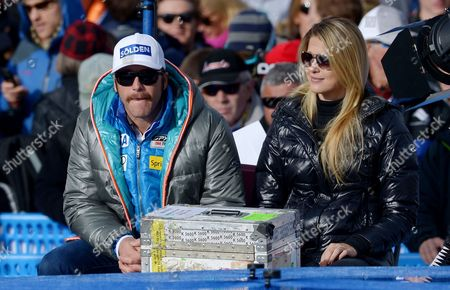 Us Skier Bode Miller (l) and His Wife Morgan Beck (r) Watch the Alpine Skiing World Cup Men's Downhill Race in Beaver Creek Colorado Usa 30 November 2012 United States Beaver Creek