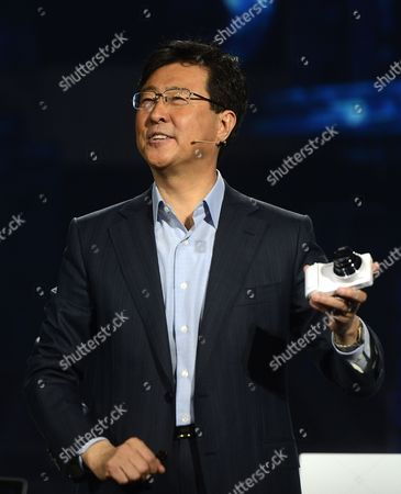 President of Samsung Electronics' Device Solutions Dr Stephen Woo Holds the Latest Samsung Camera While He Delivers the Keynote Speech on the Second Day of the International Consumer Electronics Show in Las Vegas Nevada Usa 09 January 2013 the Annual Ces Which Takes Place From 8-11 January is a Place where Industry Manufacturers Advertisers and Tech-minded Consumers Converge to Get a Taste of New Gadgets and Innovations Coming to the Market Each Year United States Las Vegas
