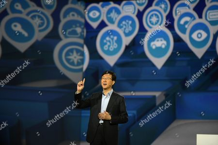 President of Samsung Electronics' Device Solutions Dr Stephen Woo Delivers the Keynote Speech on the Second Day of the International Consumer Electronics Show in Las Vegas Nevada Usa 09 January 2013 the Annual Ces Which Takes Place From 8-11 January is a Place where Industry Manufacturers Advertisers and Tech-minded Consumers Converge to Get a Taste of New Gadgets and Innovations Coming to the Market Each Year United States Las Vegas