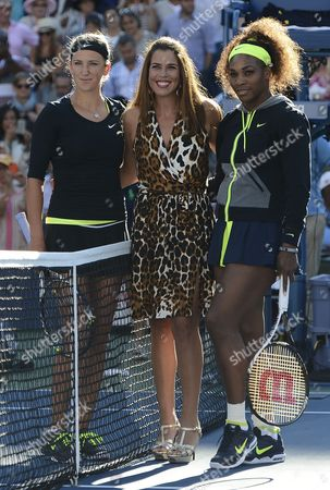 Stock Photo of Serena Williams of the Us (r) and Victoria Azarenka of Belarus (l) Pose with Us Tennis Great Jennifer Capriati (c) Before the Start of the Women's Final Match on the Fourteenth Day of the 2012 Us Open Tennis Championship at the Usta National Tennis Center in Flushing Meadows New York Usa 09 September 2012 the Us Open Has Been Extended a Day For the Fifth Straight Year Due to Weather and Will End on Monday 10 September 2012 United States Flushing Meadows