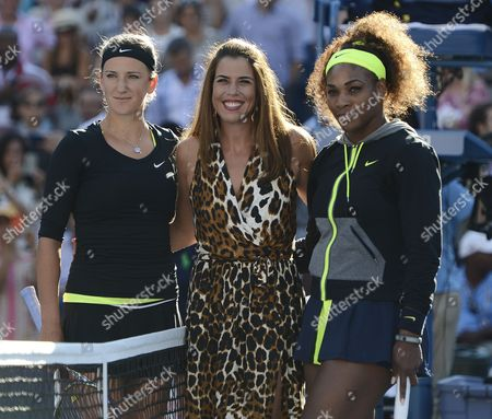 Stock Image of Serena Williams of the Us (r) and Victoria Azarenka of Belarus (l) Pose with Us Tennis Great Jennifer Capriati (c) Before the Start of the Women's Final Match on the Fourteenth Day of the 2012 Us Open Tennis Championship at the Usta National Tennis Center in Flushing Meadows New York Usa 09 September 2012 the Us Open Has Been Extended a Day For the Fifth Straight Year Due to Weather and Will End on Monday 10 September 2012 United States Flushing Meadows