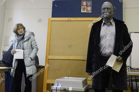 Stock Image of Czech Presidential Candidat and Artist and Composer Vladimir Franz is Seen Prior to Casting His Ballot at a Polling Station During the First Round of the Presidential Elections in Prague Czech Republic 11 January 2013 Polls Opened in the Czech Republic For Two Days of Voting For the Country's President in the Nation's First-ever Direct Elections For Head of State High Turnout Levels Were Expected Among the 8 4 Million Czechs Registered to Vote with a Neck-and-neck Race Expected Between Centre-right Candidate Jan Fischer and Centre-left Contender Milos Zeman Czech Republic Prague
