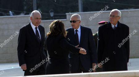 Secretary-general of the Arab League Dr Nabil El Araby (c) and Egyptian Foreign Minister Mohammed Kamel Amr (l) Arrive to Meet with Palestinian Authority President Mahmoud Abbas (not Seen) in the West Bank City of Ramallah 29 December 2012 - Ramallah
