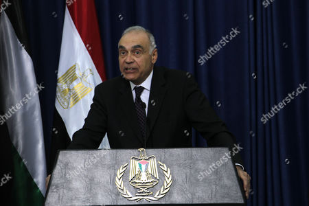 Secretary-general of the Arab League Dr Nabil El Araby Talks to the Media After He Met with Palestinian Authority President Mahmoud Abbas in the West Bank City of Ramallah 29 December 2012 - Ramallah