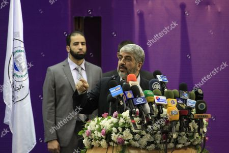 Exiled Hamas Leader Khaled Meshaal (c) Speaks to Palestinian Students During His Visit to the Islamic University in Gaza City on 09 December 2012 - Gaza Strip