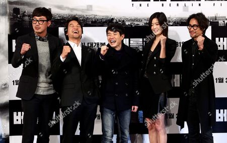 (l-r) South Korean Actors Ha Jung-woo and Han Suk-kyu South Korean Director Ryoo Seung-wan and South Korean Actors Jun Ji-hyun and Ryoo Seung-beom Pose After a Press Conference on Their Film 'The Berlin File' at Wangsipri Cgv Theater in Seoul South Korea 21 January 2013 the Movie Will Open in South Korean Theaters on 31 January Korea, Republic of Seoul