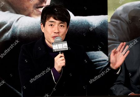 Stock Image of South Korea Director Ryoo Seung-wan Speaks During a Press Conference of His Film 'The Berlin File' at Wangsipri Cgv Theater in Seoul South Korea 21 January 2013 the Movie Will Open in South Korean Theaters on 31 January Korea, Republic of Seoul